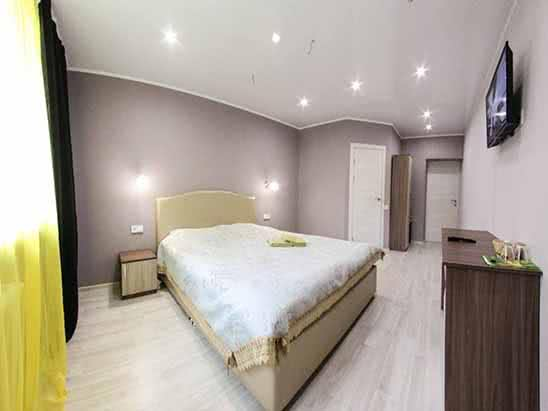 Апартаменты посуточно по цене от 2500 руб. до 3000 руб.